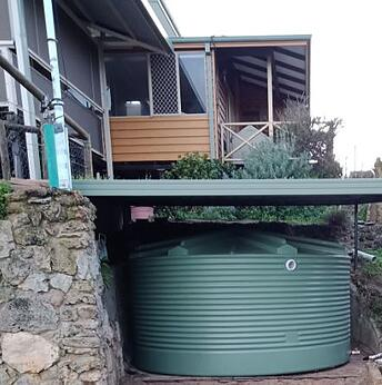 Coerco rainwater tank in the shade