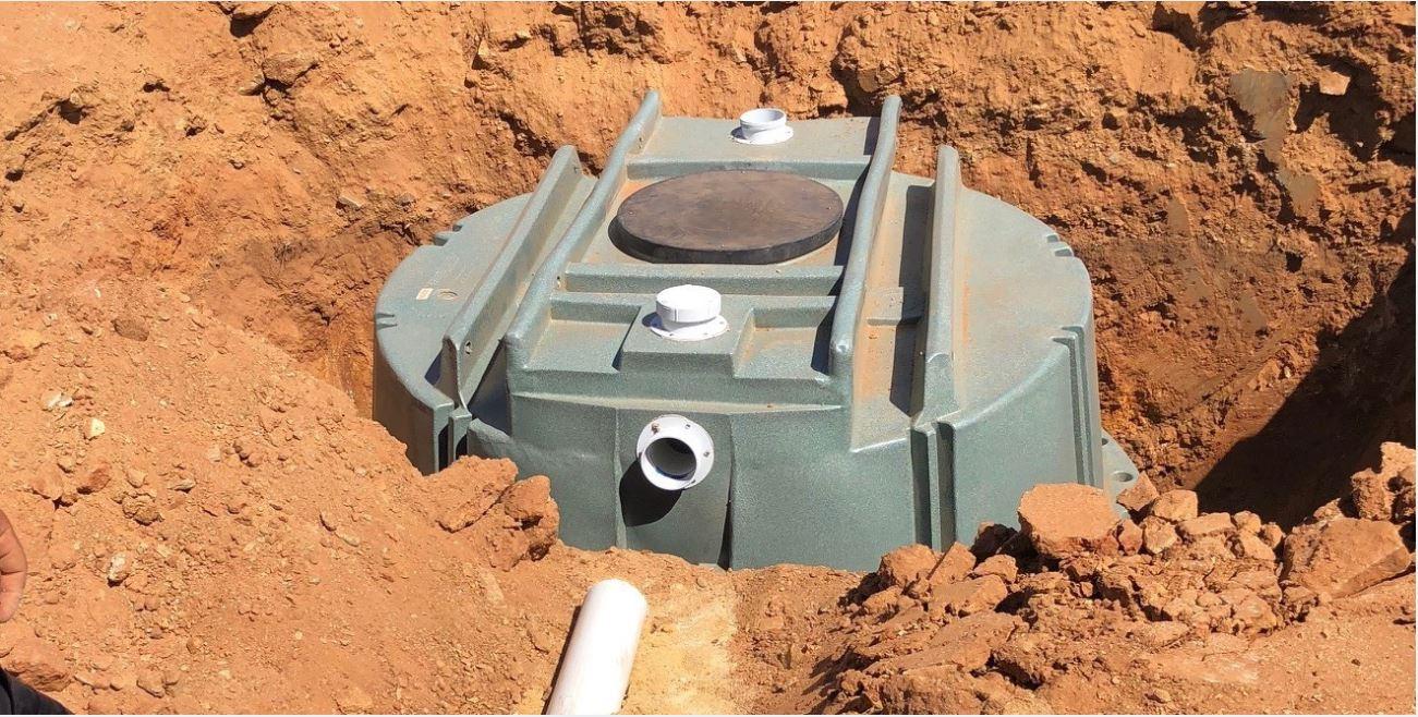 4,000 litre septic tank installation