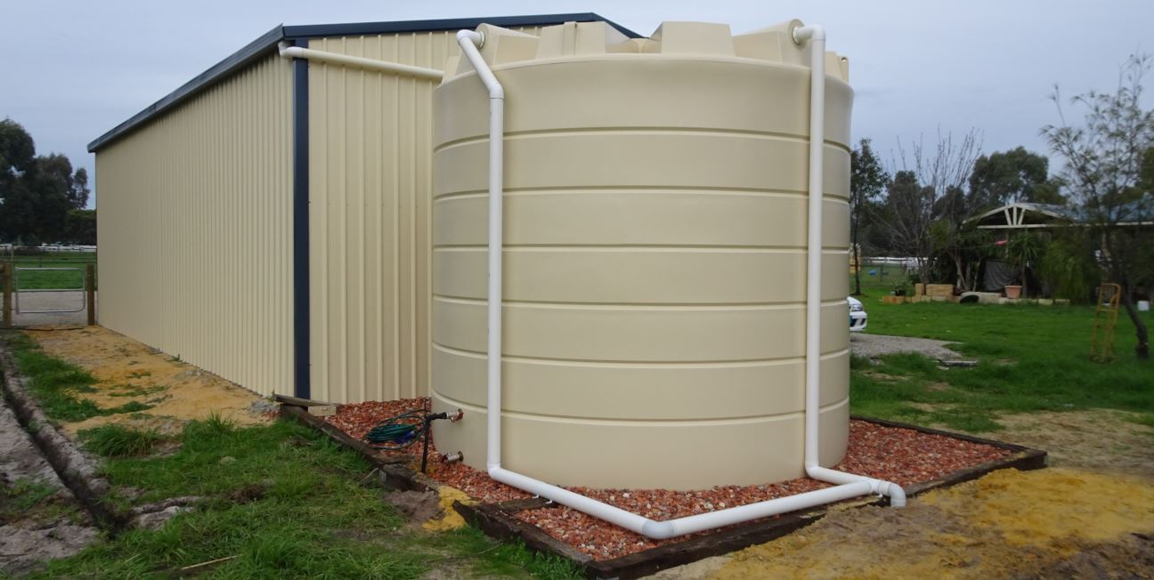 Coerco water tank on foundation